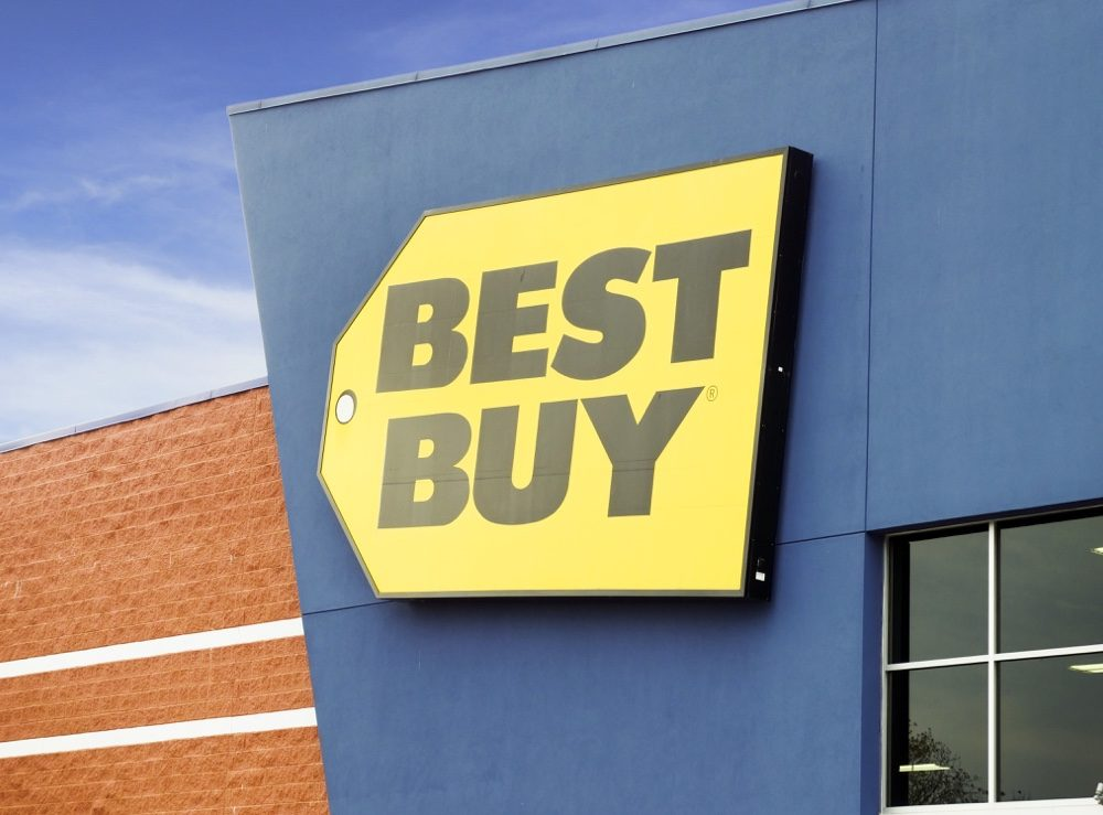 Best Buy Mobile Offering Friends and Family Sale