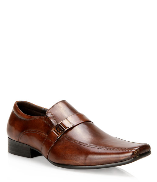 f68ae40c424 Browns shoes  Steve Madden - Dustinn - RedFlagDeals.com