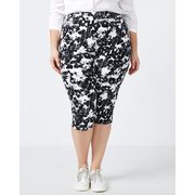 Savvy Soft Touch Floral Capri - In Every Story - $14.99 ($33.01 Off)